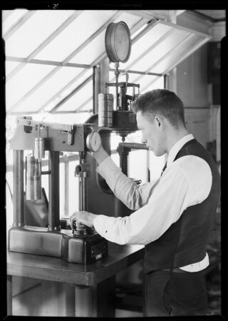 Washing machine, test lab, Axelson, Southern California, 1931