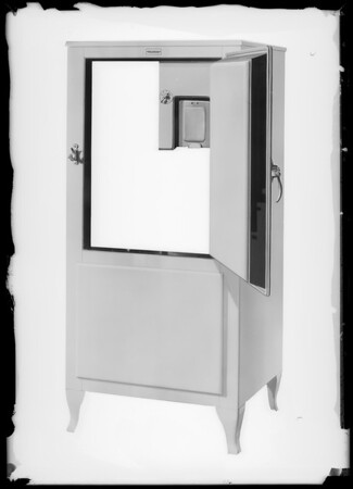 Refrigerator, Holbrook Merrill & Stetson, Southern California, 1931