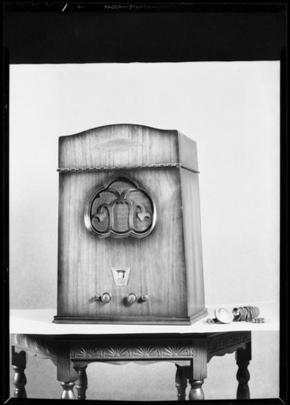 Combinations, radios and Victrolas, Southern California, 1931