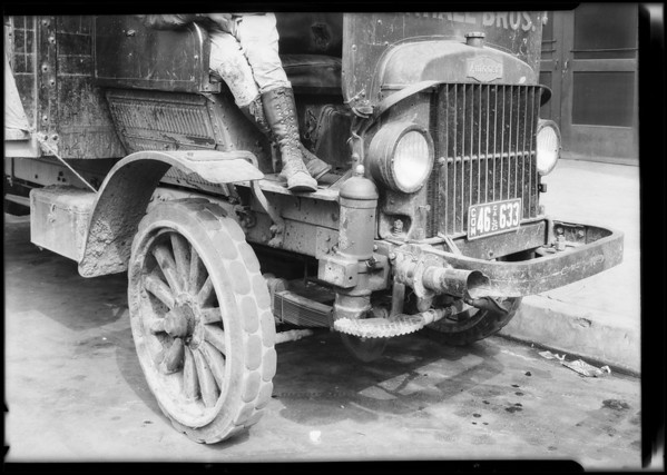 Trucks at Los Angeles Creamery, Southern California, 1925