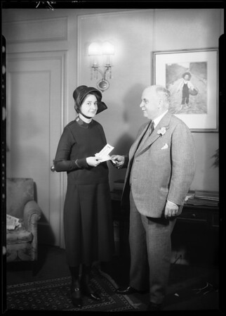 Governor Rolph and Salvation Army girl, Southern California, 1930