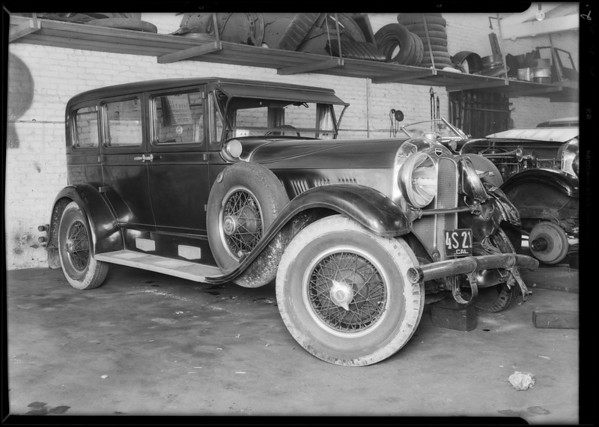 Auburn sedan, Joseph Henyan, owner, Southern California, 1931