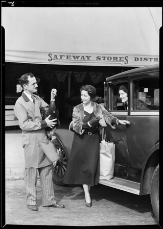 Selling Parfay in Safeway stores, Southern California, 1930
