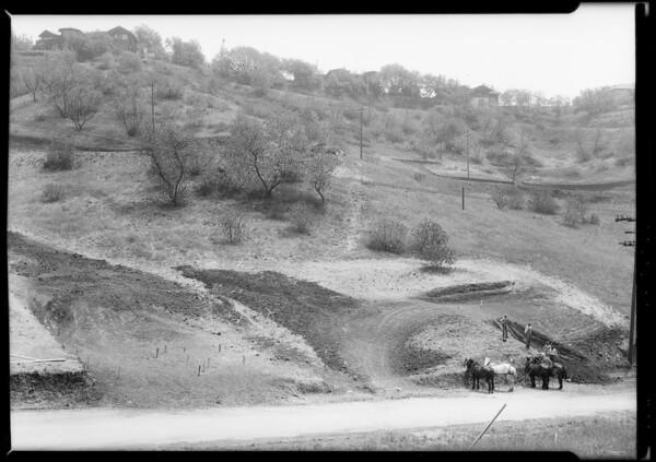 Construction of house at Highland Villa Park, Southern California, 1925