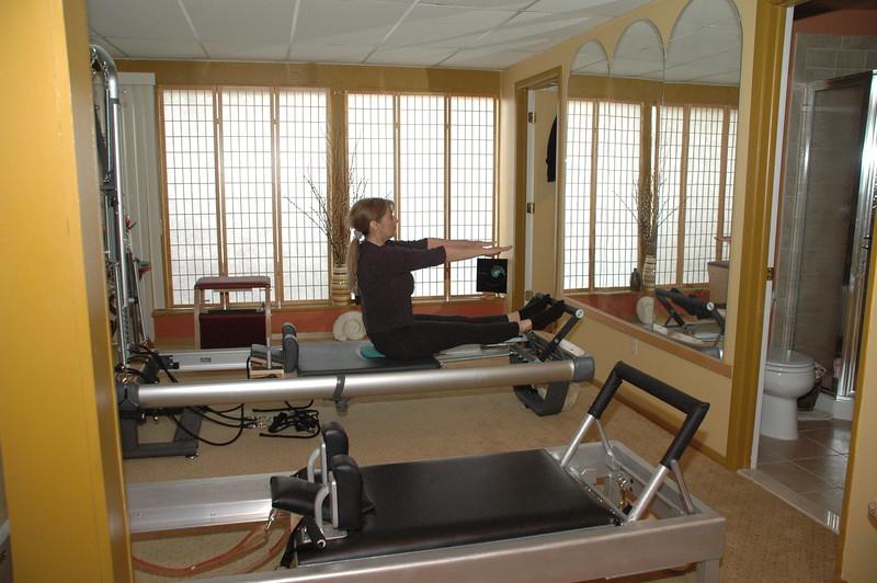 Stomach Massage Reach Up on Reformer