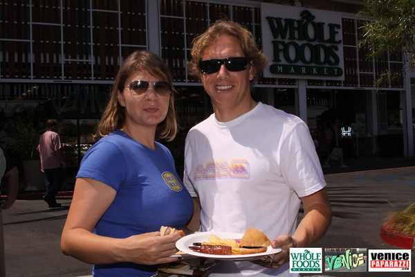 09 05 09 Whole Foods Market One Year Anniversary   Free BBQ   Customer Appreciation   225 Lincoln Blvd   Venice, Ca 310  566 9480 (146)