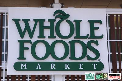 09 05 09 Whole Foods Market One Year Anniversary   Free BBQ   Customer Appreciation   225 Lincoln Blvd   Venice, Ca 310  566 9480 (5)
