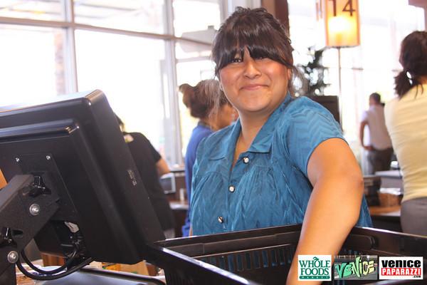 09 05 09 Whole Foods Market One Year Anniversary   Free BBQ   Customer Appreciation   225 Lincoln Blvd   Venice, Ca 310  566 9480 (383)