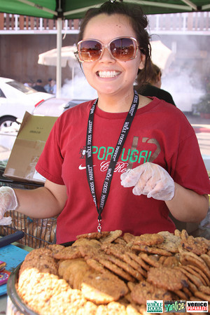 09 05 09 Whole Foods Market One Year Anniversary   Free BBQ   Customer Appreciation   225 Lincoln Blvd   Venice, Ca 310  566 9480 (52)