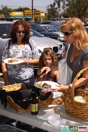 09 05 09 Whole Foods Market One Year Anniversary   Free BBQ   Customer Appreciation   225 Lincoln Blvd   Venice, Ca 310  566 9480 (124)