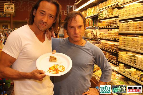 09 05 09 Whole Foods Market One Year Anniversary   Free BBQ   Customer Appreciation   225 Lincoln Blvd   Venice, Ca 310  566 9480 (203)
