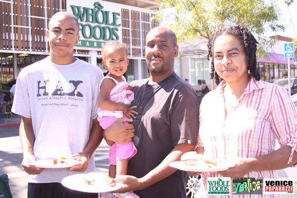 09 05 09 Whole Foods Market One Year Anniversary   Free BBQ   Customer Appreciation   225 Lincoln Blvd   Venice, Ca 310  566 9480 (450)