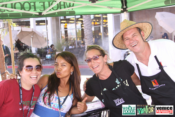 09 05 09 Whole Foods Market One Year Anniversary   Free BBQ   Customer Appreciation   225 Lincoln Blvd   Venice, Ca 310  566 9480 (439)