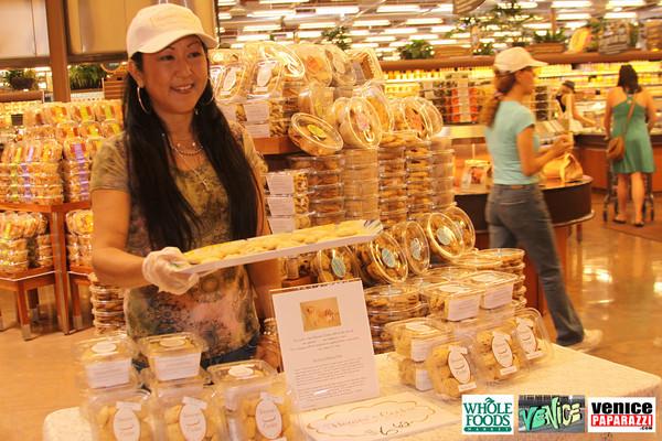 09 05 09 Whole Foods Market One Year Anniversary   Free BBQ   Customer Appreciation   225 Lincoln Blvd   Venice, Ca 310  566 9480 (222)