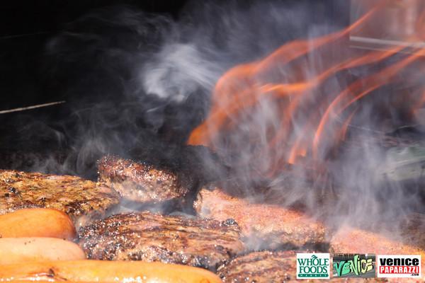 09 05 09 Whole Foods Market One Year Anniversary   Free BBQ   Customer Appreciation   225 Lincoln Blvd   Venice, Ca 310  566 9480 (75)