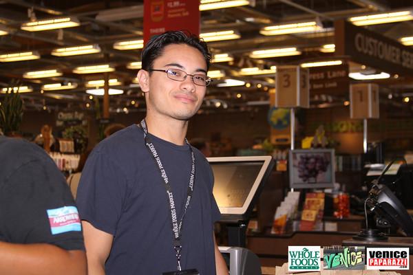 09 05 09 Whole Foods Market One Year Anniversary   Free BBQ   Customer Appreciation   225 Lincoln Blvd   Venice, Ca 310  566 9480 (343)