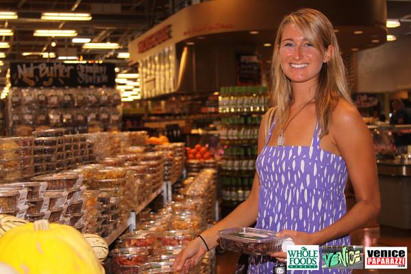 09 05 09 Whole Foods Market One Year Anniversary   Free BBQ   Customer Appreciation   225 Lincoln Blvd   Venice, Ca 310  566 9480 (350)