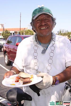 09 05 09 Whole Foods Market One Year Anniversary   Free BBQ   Customer Appreciation   225 Lincoln Blvd   Venice, Ca 310  566 9480 (466)