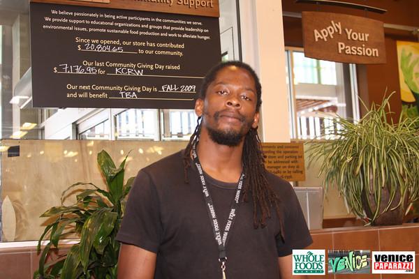 09 05 09 Whole Foods Market One Year Anniversary   Free BBQ   Customer Appreciation   225 Lincoln Blvd   Venice, Ca 310  566 9480 (420)