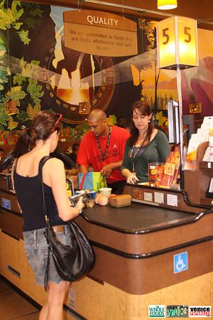 09 05 09 Whole Foods Market One Year Anniversary   Free BBQ   Customer Appreciation   225 Lincoln Blvd   Venice, Ca 310  566 9480 (278)