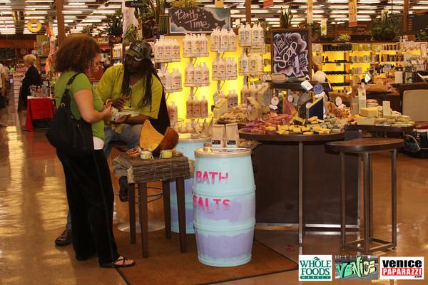09 05 09 Whole Foods Market One Year Anniversary   Free BBQ   Customer Appreciation   225 Lincoln Blvd   Venice, Ca 310  566 9480 (281)