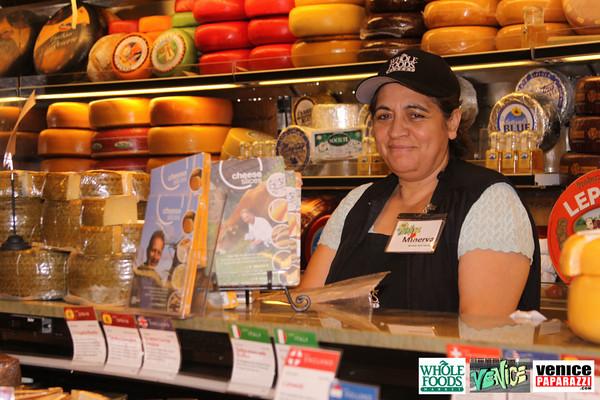 09 05 09 Whole Foods Market One Year Anniversary   Free BBQ   Customer Appreciation   225 Lincoln Blvd   Venice, Ca 310  566 9480 (333)