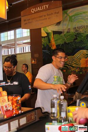 09 05 09 Whole Foods Market One Year Anniversary   Free BBQ   Customer Appreciation   225 Lincoln Blvd   Venice, Ca 310  566 9480 (342)