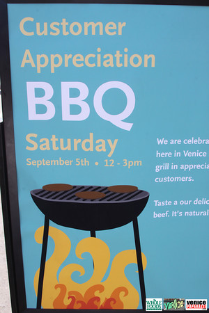 09 05 09 Whole Foods Market One Year Anniversary   Free BBQ   Customer Appreciation   225 Lincoln Blvd   Venice, Ca 310  566 9480 (90)