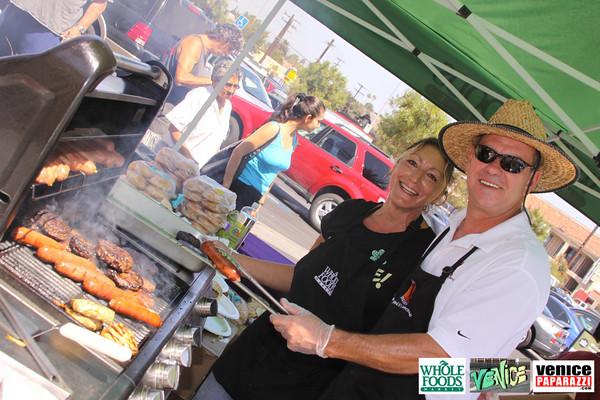09 05 09 Whole Foods Market One Year Anniversary   Free BBQ   Customer Appreciation   225 Lincoln Blvd   Venice, Ca 310  566 9480 (42)