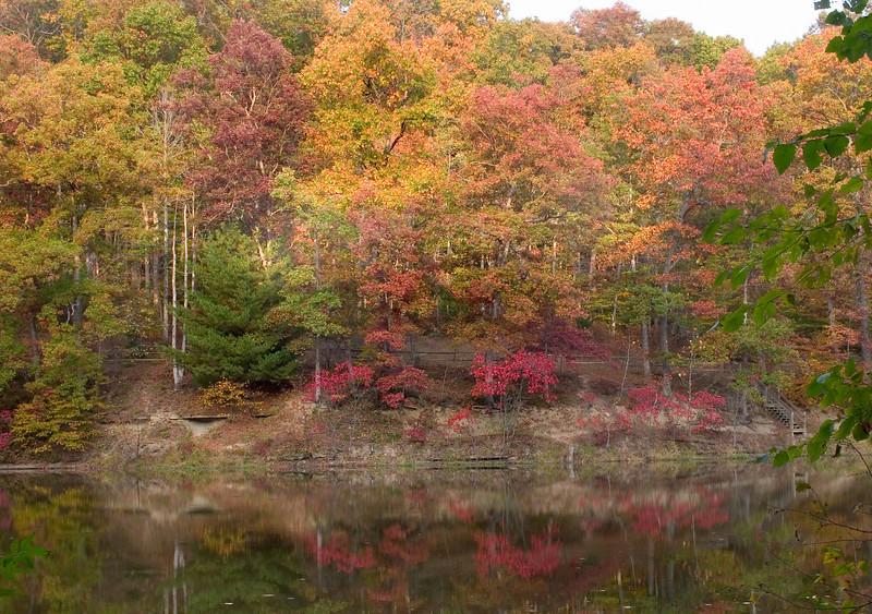 BC-411 Strahl Lake Orange and Red
