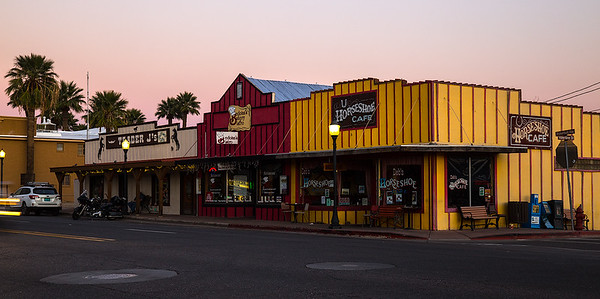 Storefronts on Wickenburg Way