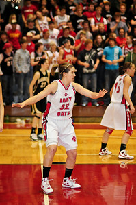Lady Bearcats-20090304115