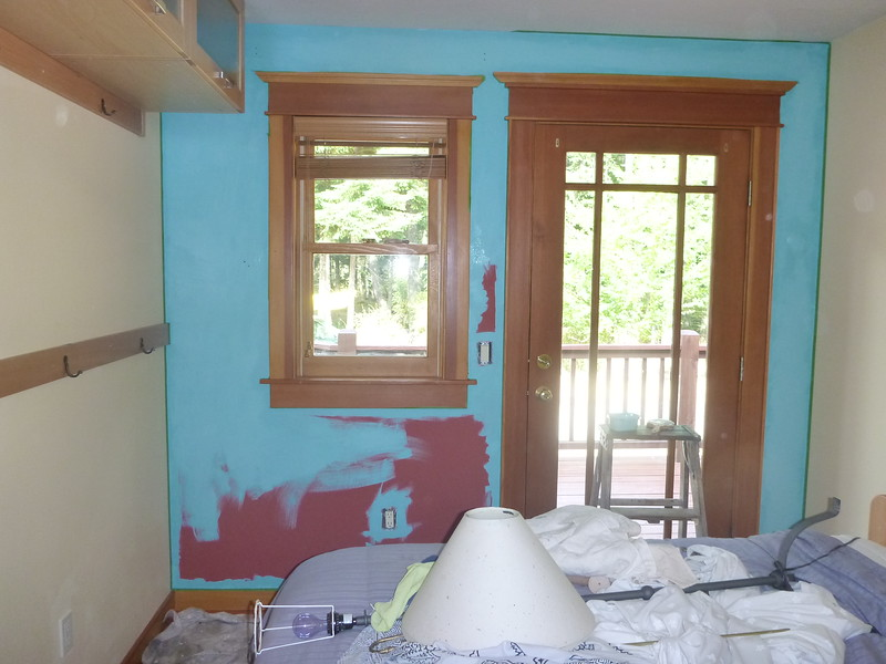 2015 - repainting the little guest room in Jade Palace.