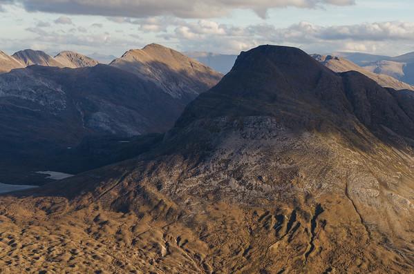 Maol Chean-dearg and Sgorr Ruadh dominate the view to the east.