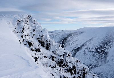 The summit rocks of Sgor Gaoith.