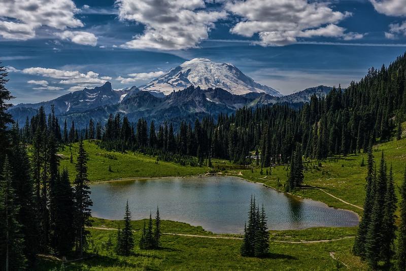 AAA09752 Mount Rainier
