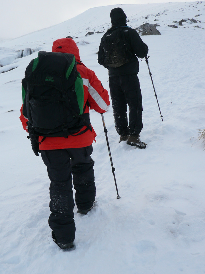 Finding the new snow, Coire an Lochan.