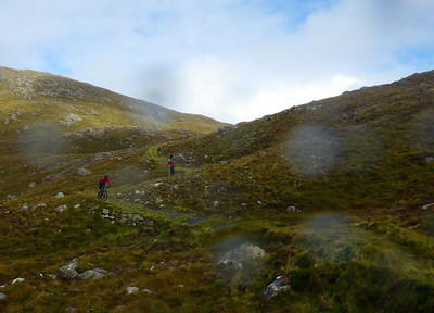 On the descent and the sun makes a welcome appearance. 3km of Hebridean magic to the floor of the glen.