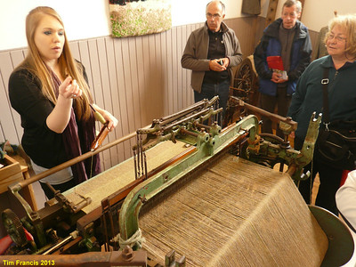 Weaving demonstration at the Old Schoolhouse, Drinisiadar, Harris.