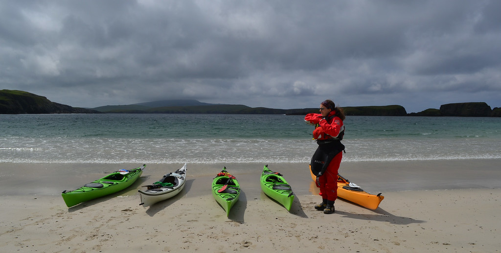 Getting ready to launch at the tombolo beach of St Ninians Isle