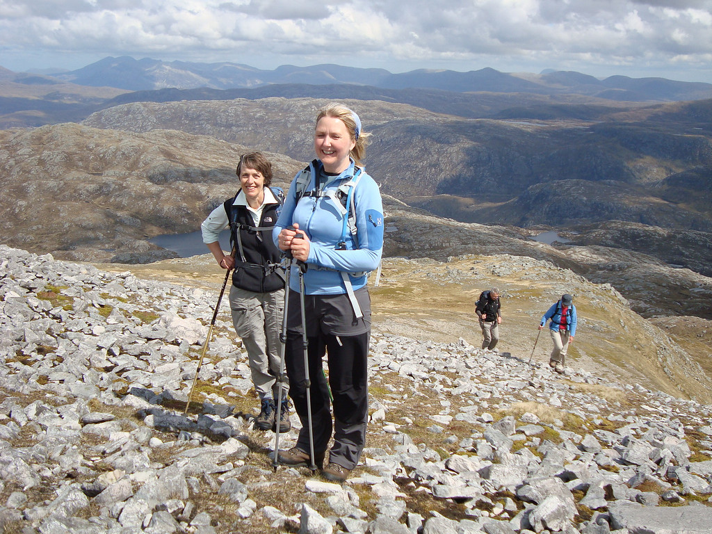 Caroline and Gini approaching the top of Glas-Bheinn
