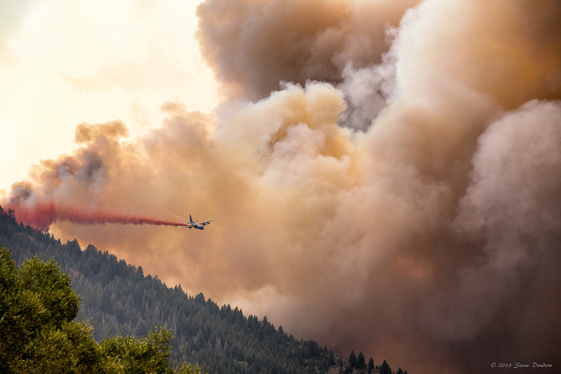 Bombers laying down a line as the fire rounded the corner from Deer Creek.