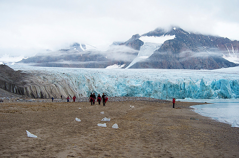 The clouds are moving in at the July 14th Glacier, Krossfjord, Svalbard