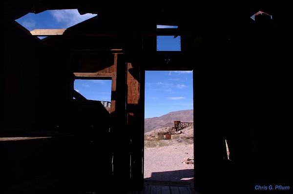 Dry Bone Canyon - abandoned mine (1900) ,Death Valley