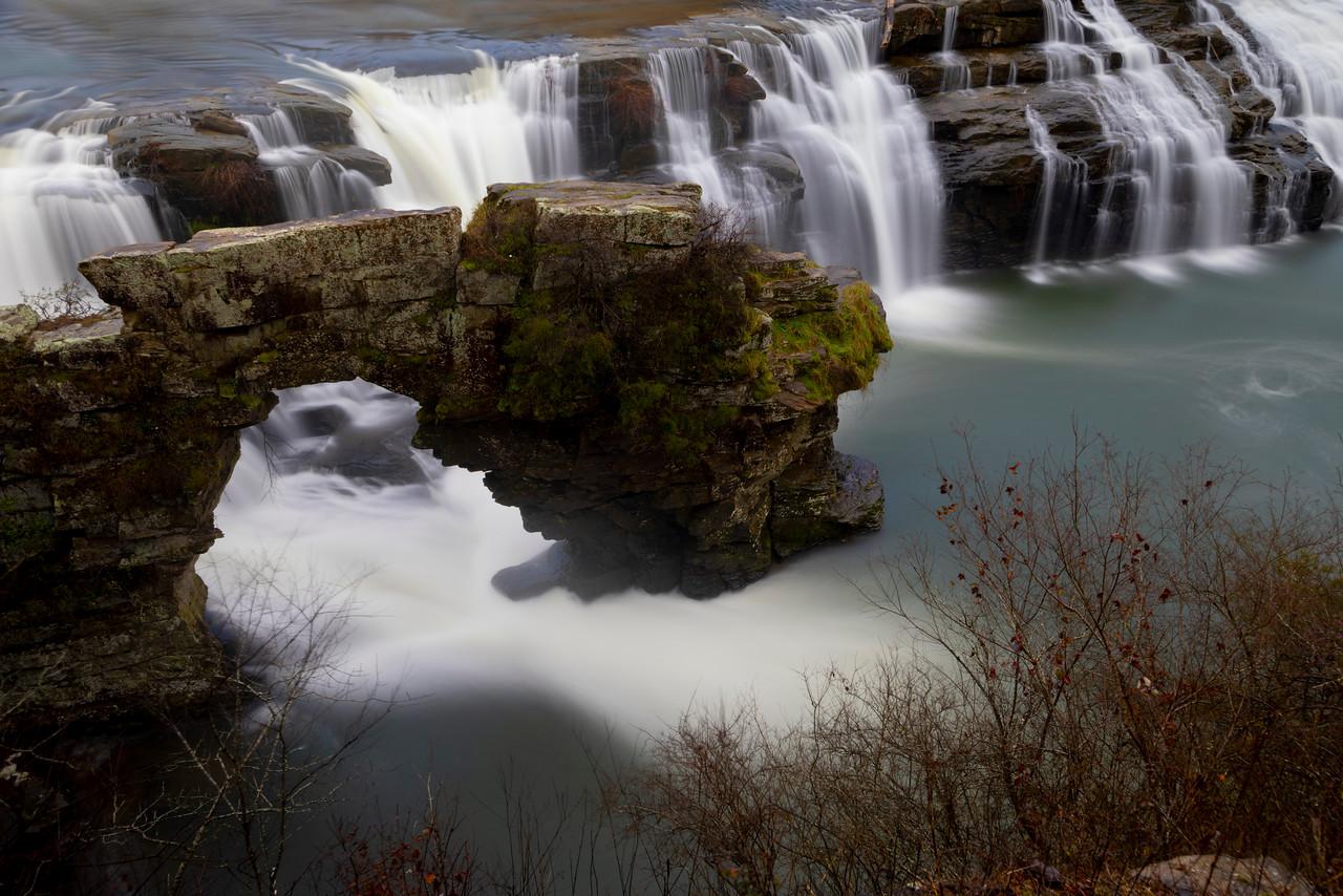 IMAGE: https://photos.smugmug.com/Wildlife-Photography/Waterfalls/i-PgJb4BR/0/66bbf975/X2/RTB_8098-X2.jpg