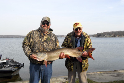 "Little Green Lake Musky.  November 24, 2006  49.25"", 31.5 pounds."