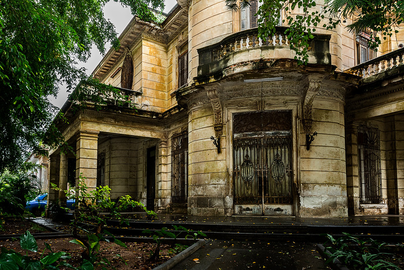 Old Cuban Mansion - Frozen in Time