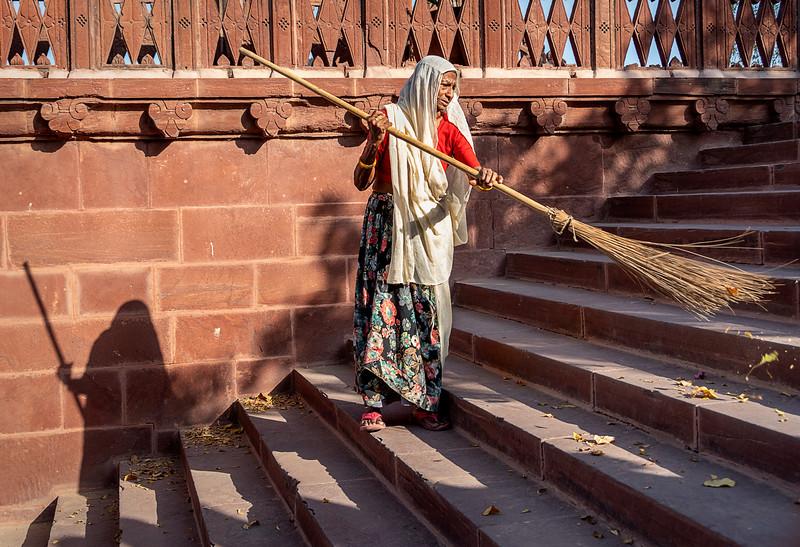 Sweeper at Jaswant Thada - Memorial to Maharaja Jasant Singh II - Jodhpur