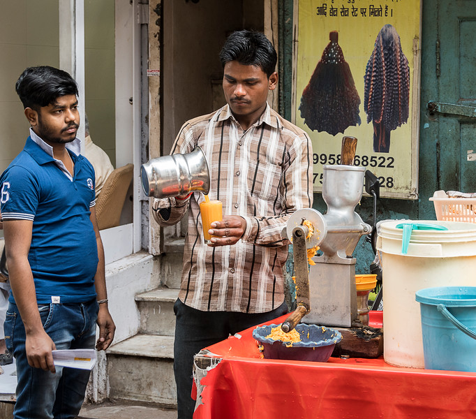 Fresh Orange Juice - Chandni Chowk Market - Old Delhi