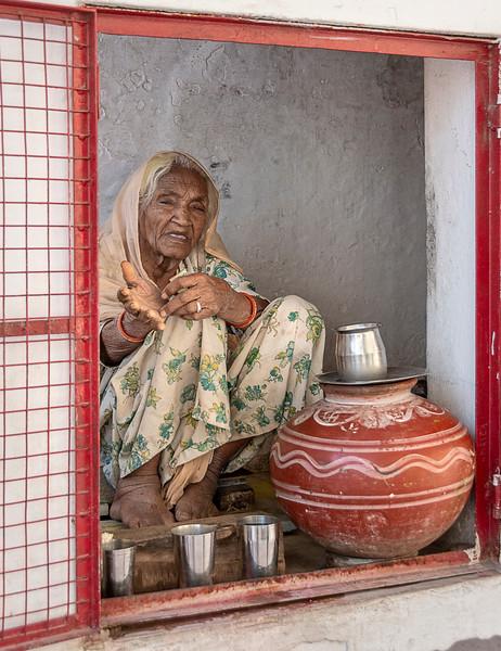 Coffee Vendor at Jagdish Temple - Udaipur